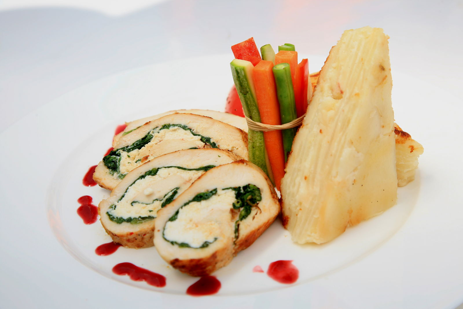 Stuffed chicken breast with spinach, chorizo with Salsa Chile ancho & Honey